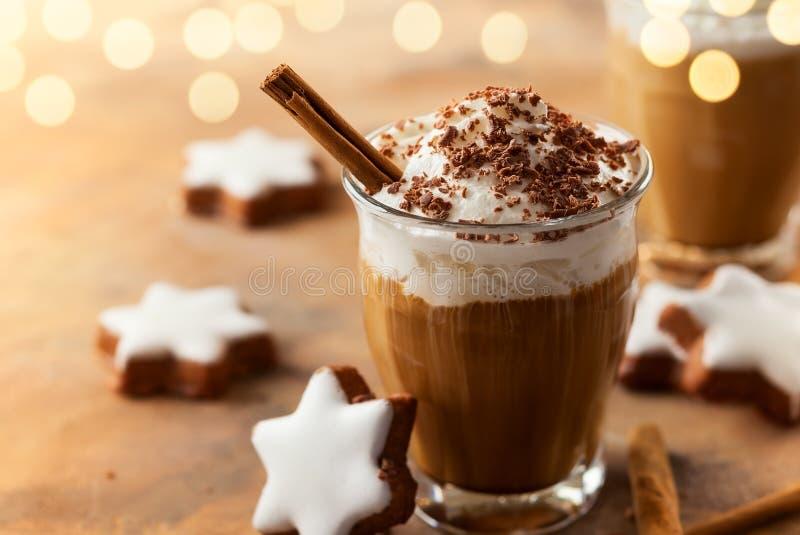 圣诞节的咖啡震动 免版税库存图片