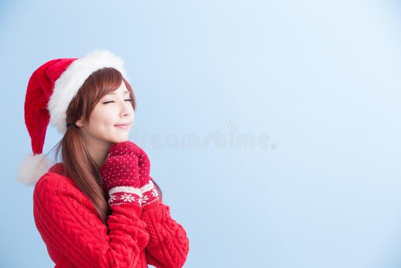 圣诞节秀丽女孩做愿望 免版税库存照片
