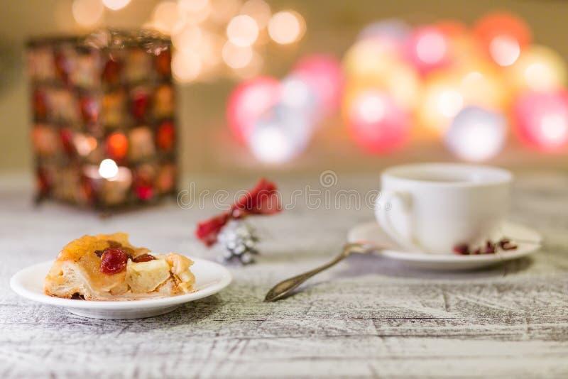 圣诞节蛋糕用茶 库存照片