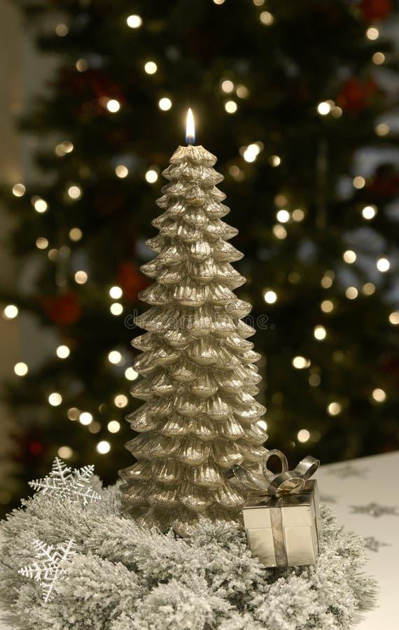 圣诞节蜡烛结构树火焰金子 免版税库存图片