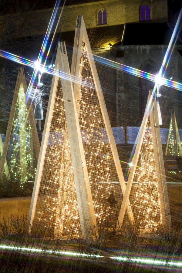 圣诞节装饰光在塔林 图库摄影