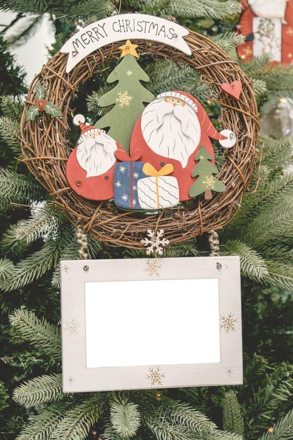 圣诞节装饰品球画框 图库摄影