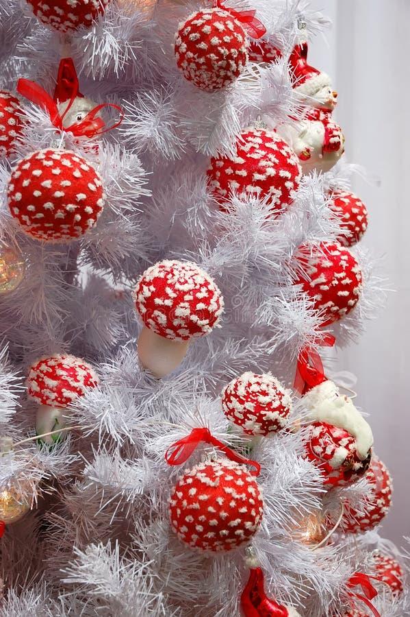 圣诞节装饰结构树白色 库存图片