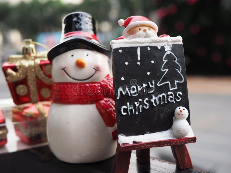 Download 圣诞节装饰装饰新家庭想法 库存照片. 图片 包括有 克劳斯, 传统, 愉快, 12月, 冬天, ,并且, 红色 - 62530518