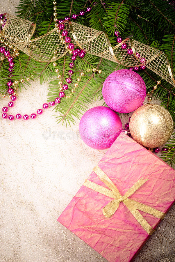圣诞节装饰金子粉红色 免版税库存照片