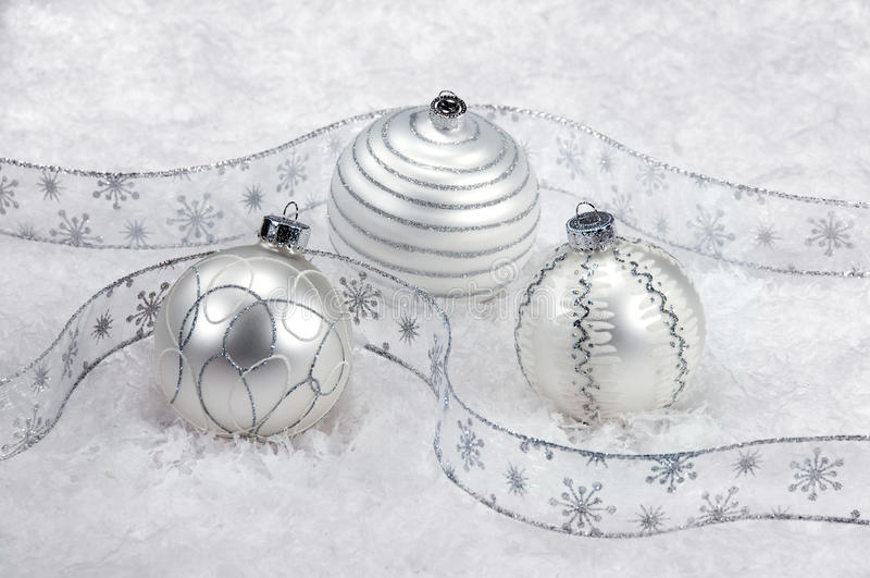 圣诞节装饰银色雪三白色 库存照片