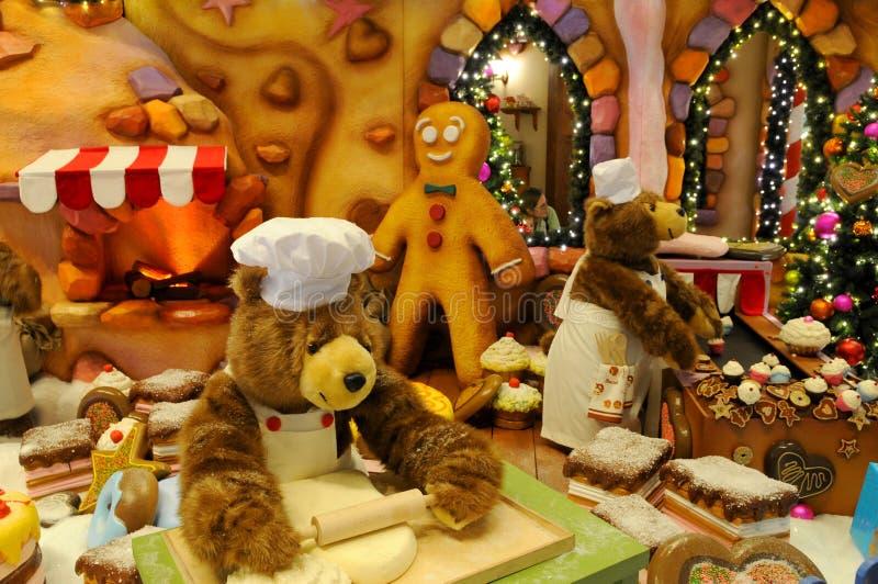 Download 圣诞节装饰 库存照片. 图片 包括有 存在, 竹子, 女用连杉衬裤, 冬天, 蛋糕, 甜点, 敌意, 敲打 - 22352804