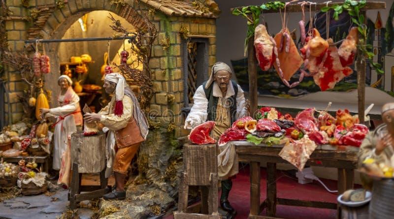 圣诞节诞生场面,代表肉店的那不勒斯的Presepe的细节 库存图片