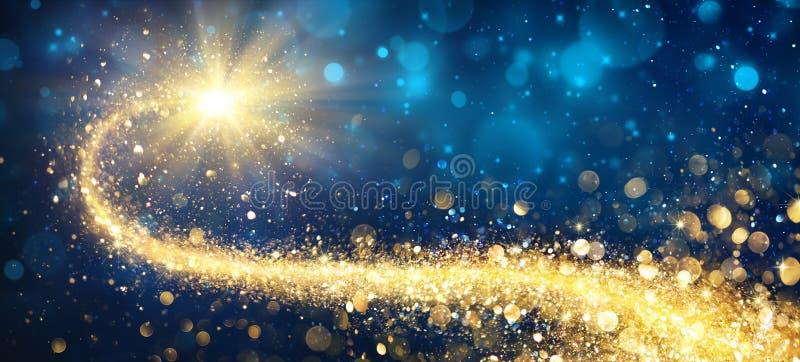 圣诞节金黄星形 免版税库存图片