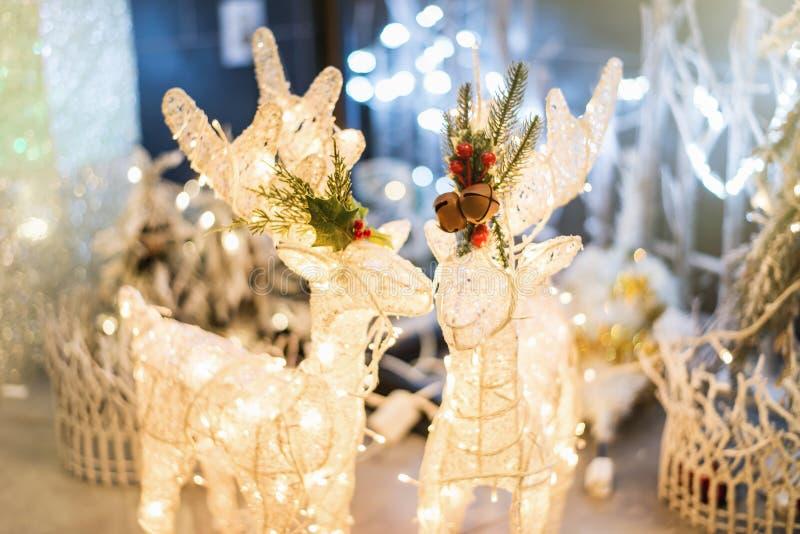 圣诞节鹿装饰 鲁道夫做了精采照明设备 库存照片