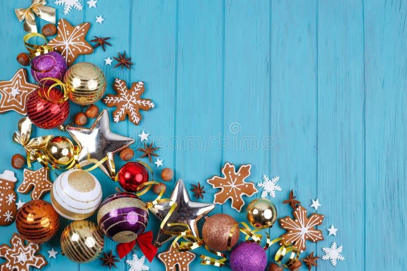 圣诞节,新年假日构成姜饼曲奇饼, 免版税库存照片