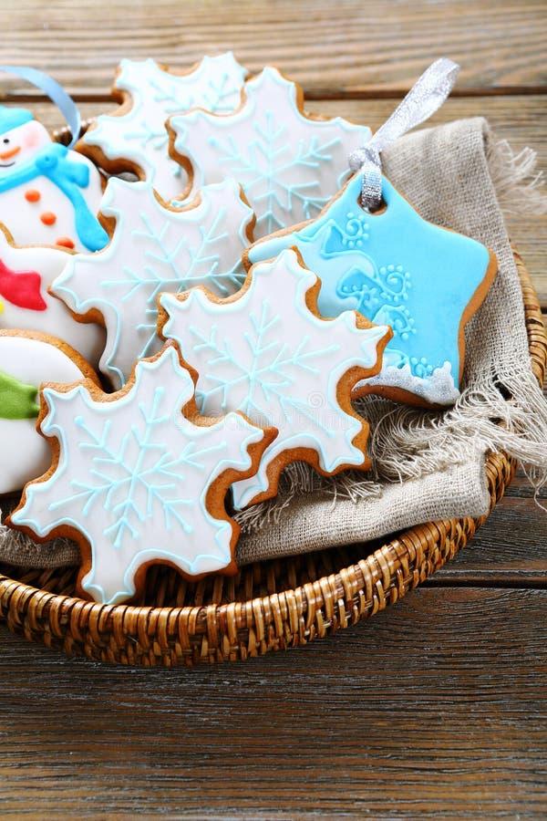 Download 圣诞节结构的姜曲奇饼 库存照片. 图片 包括有 柳条, 姜饼, 装饰, xmas, 没人, 结构树, 土气 - 62538930