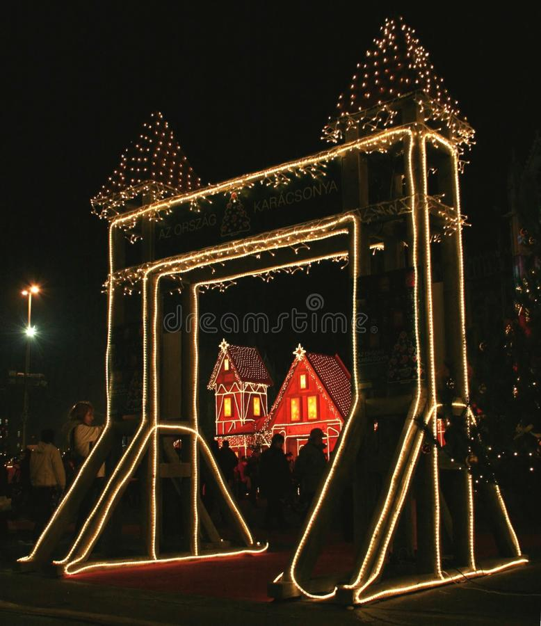 Download 圣诞节 库存图片. 图片 包括有 欧洲, 旅行, 旅游业, 红色, 城市, 黄色, 发芽的, 礼品, beautifuler - 22357151