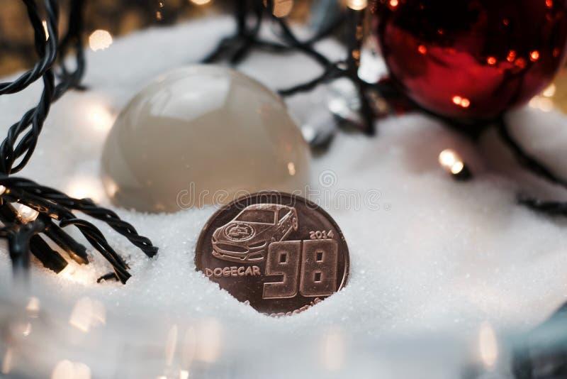 圣诞节dogecoin硬币 免版税图库摄影