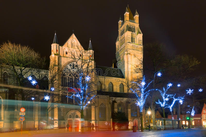 圣诞节Sint-Salvator大教堂,布鲁日,比利时 免版税图库摄影