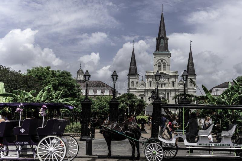 圣路易斯大教堂新奥尔良法国区,迪凯特街 免版税库存照片