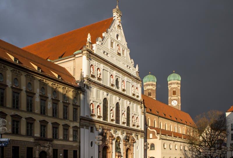 圣迈克尔` s教会在慕尼黑,德国的中心 免版税图库摄影