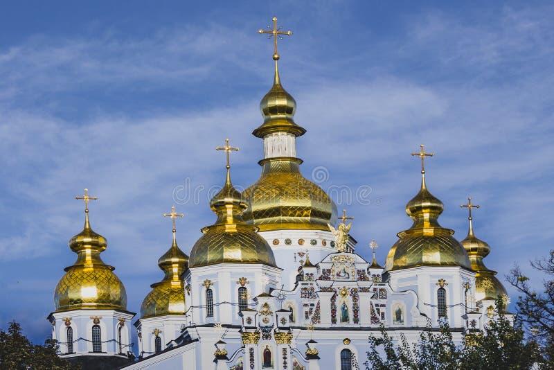 圣迈克尔` s金黄半球形的修道院在Kyiv,乌克兰 图库摄影