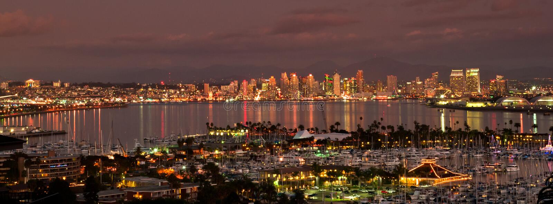 圣迭戈在晚上 图库摄影