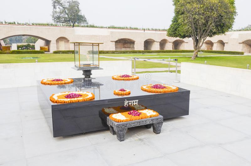 圣雄甘地火葬纪念品,新德里,印度 图库摄影