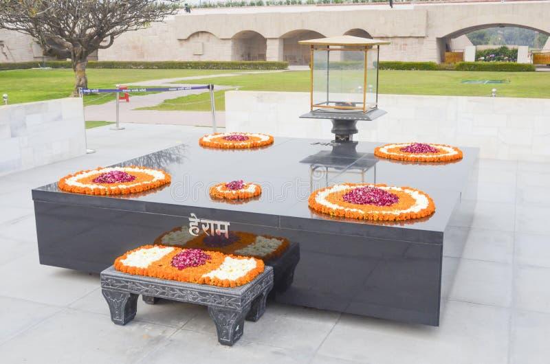 圣雄甘地火葬纪念品,新德里,印度 免版税库存图片