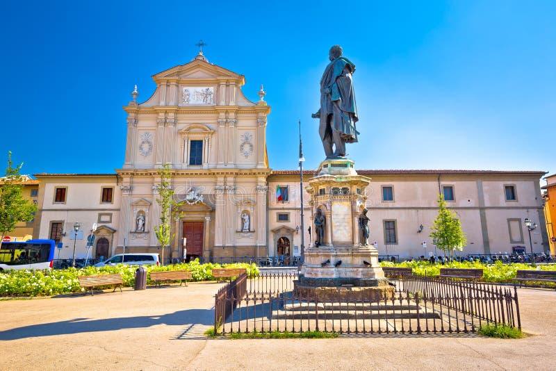 圣马可广场广场和教会佛罗伦萨建筑学视图的 库存照片