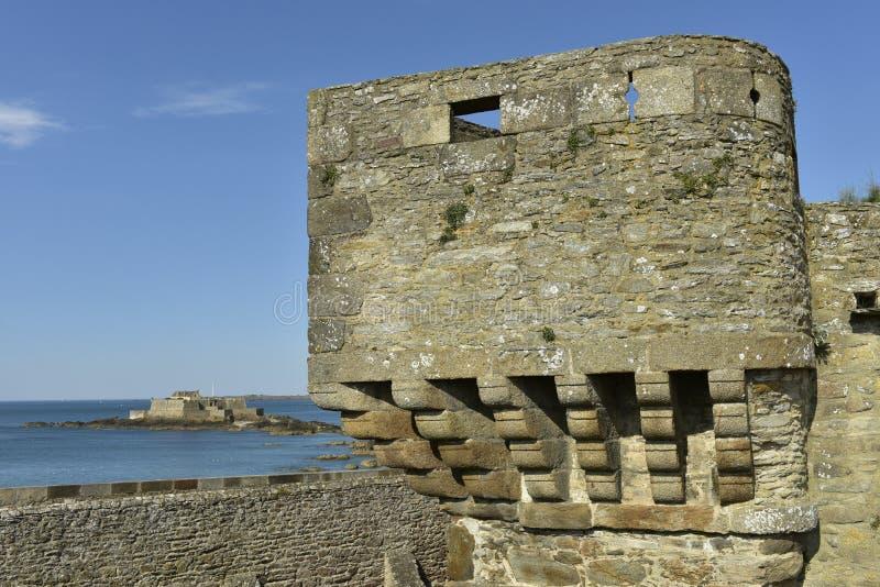 圣马洛湾,西北法国城市墙壁  免版税库存图片