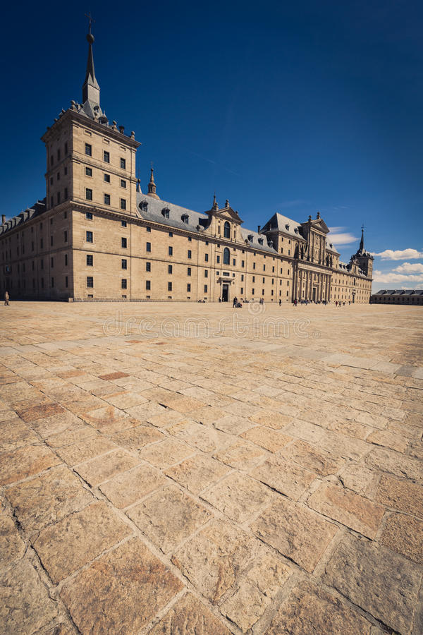 圣洛伦索德埃莱斯科里亚尔皇家修道院在马德里,西班牙附近的 免版税库存照片