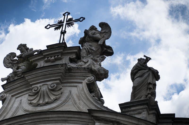 Download 圣洁十字架的大教堂在耶路撒冷 库存图片. 图片 包括有 详细资料, 布琼布拉, 耶路撒冷, 宗教信仰, 收兑 - 59100885