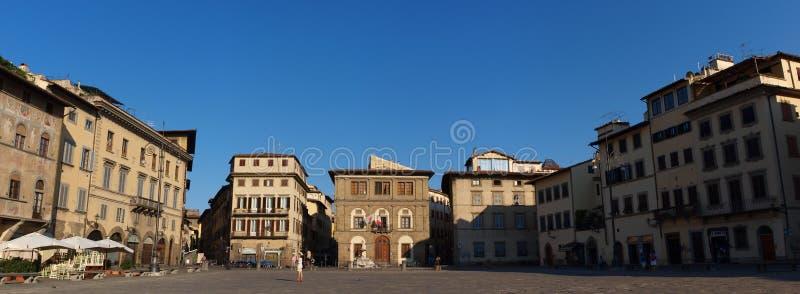 圣洁十字架的正方形,佛罗伦萨,意大利 免版税库存照片