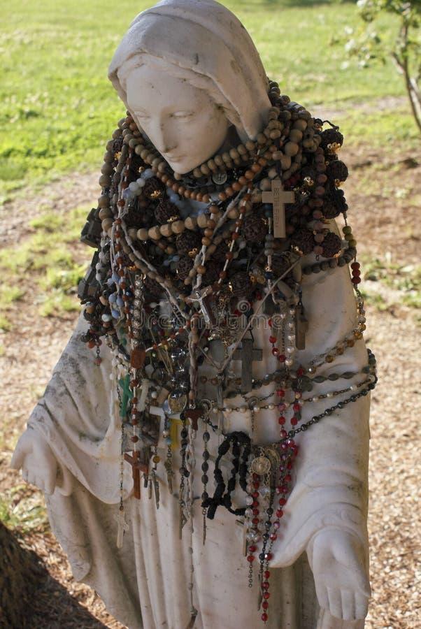 圣洁母亲雕象 免版税图库摄影