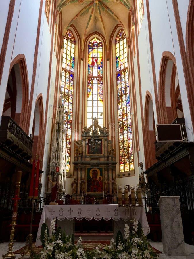 圣Elizabeth&#x27内部;s教会,天主教徒第三次圣弗朗西斯是一个哥特式教会在弗罗茨瓦夫,波兰 图库摄影