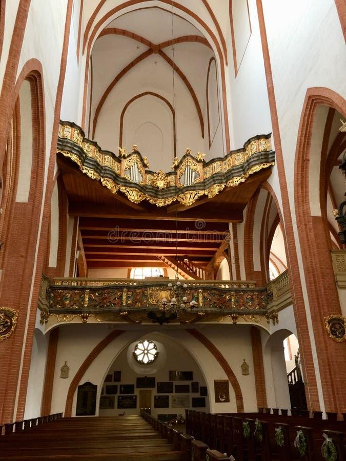 圣Elizabeth&#x27内部;s教会,天主教徒第三次圣弗朗西斯是一个哥特式教会在弗罗茨瓦夫,波兰 库存照片