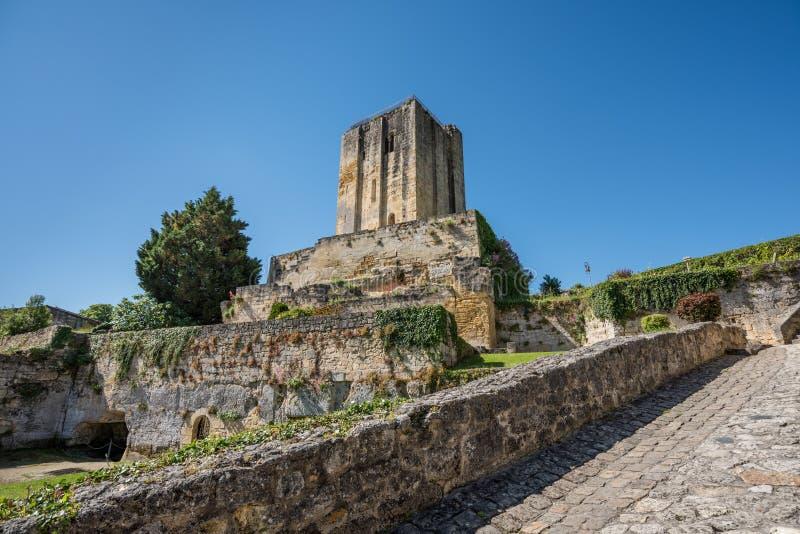 圣Emilion,在吉伦特省,法国:中世纪村庄 库存图片