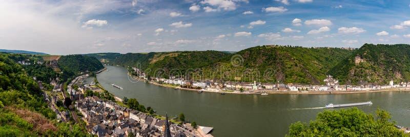 圣Goar全景在莱茵河谷的 免版税库存图片