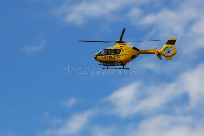 圣Leonards,汉普郡,英国- 2017年5月30日:有regist的直升机 图库摄影