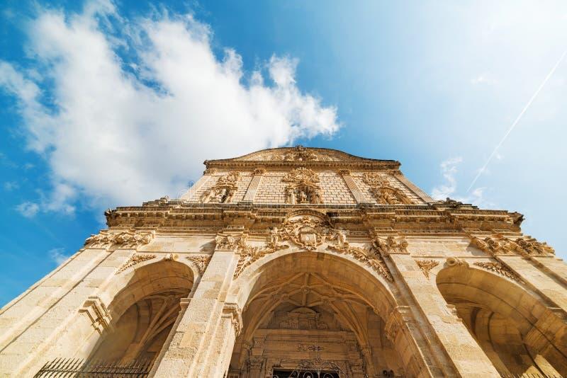 圣Nicola大教堂正面图在萨萨里 免版税库存图片