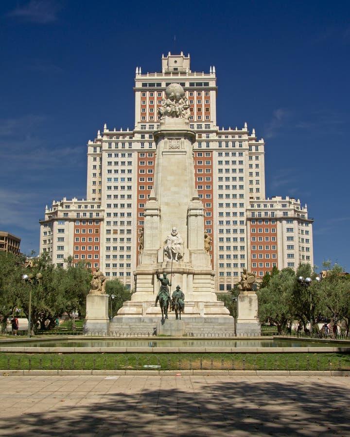 在'广场de西班牙'正方形,马德里的西万提斯纪念碑 免版税库存图片