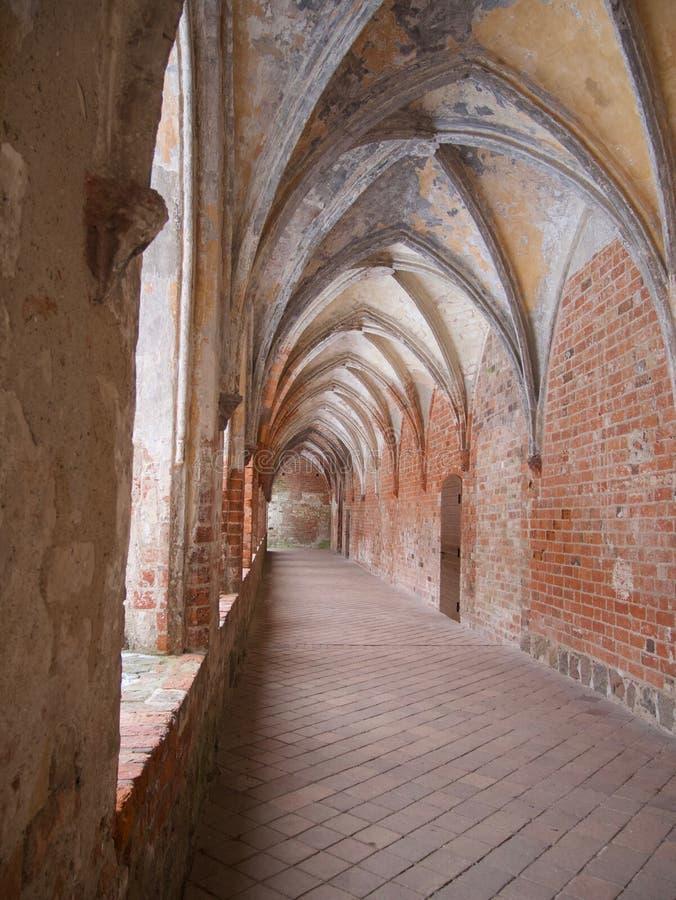 在一个历史的中世纪大厦的拱顶式顶棚 库存图片