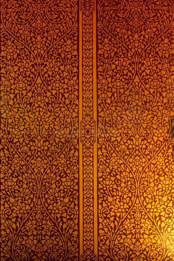 在一个寺庙的网眼图案在泰国 免版税库存照片