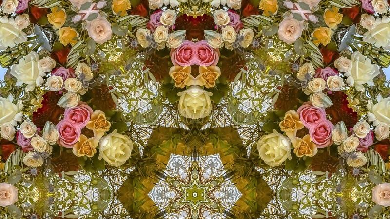 在一个有角反射性设计的全景花从与颜色的一个婚礼 免版税库存照片
