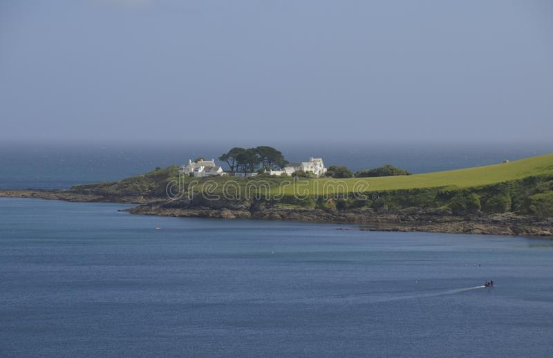 在一个海角的农舍在Mevagissey附近 免版税库存照片