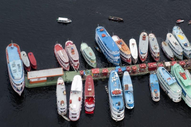 在一个码头的火轮在马瑙斯, Amazonia 免版税库存照片