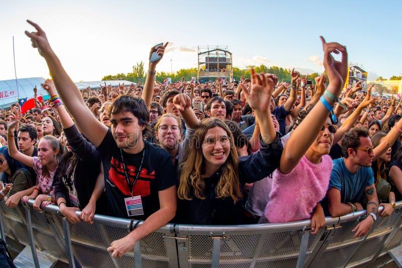 在一个音乐会的人群在Dcode音乐节 免版税库存照片