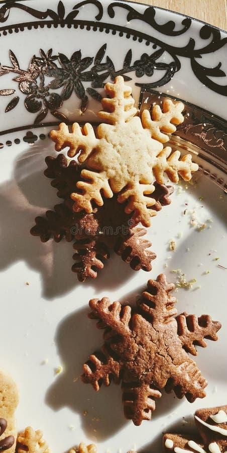 在一块美丽的板材的Cristmas曲奇饼 库存图片