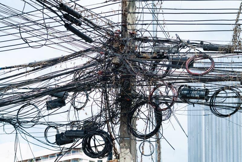 在一座具体定向塔的缆绳在泰国 免版税图库摄影