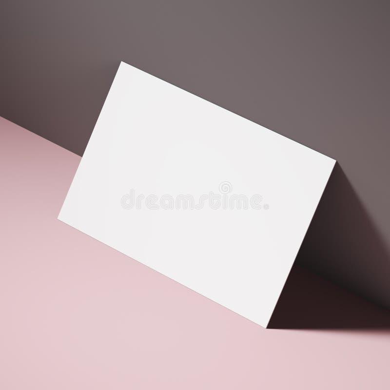 在一张桃红色桌上的白色名片 皇族释放例证