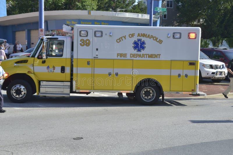 在一次紧急呼叫的救护车 库存照片