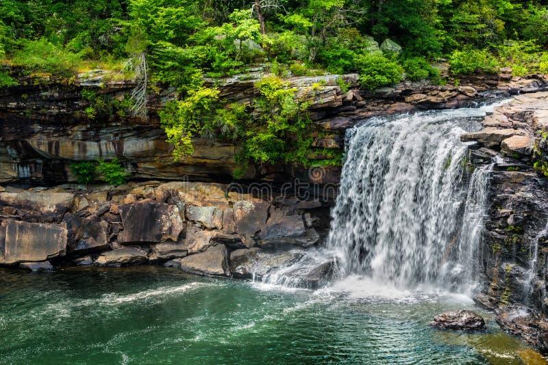 在一点河峡谷全国蜜饯的瀑布 免版税图库摄影