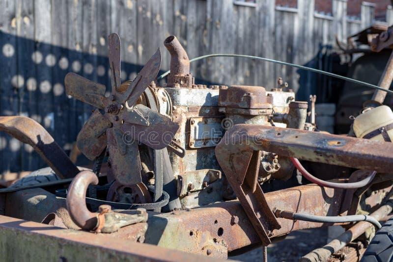 在一辆军用汽车的老柴油引擎 老展览在tecniki博物馆  库存照片